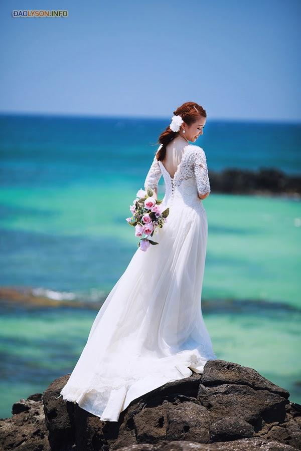 Bộ ảnh cưới đẹp như mơ tại đảo Lý Sơn