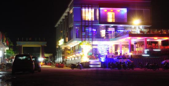 Khách sạn Central Lý Sơn Hotel về đêm