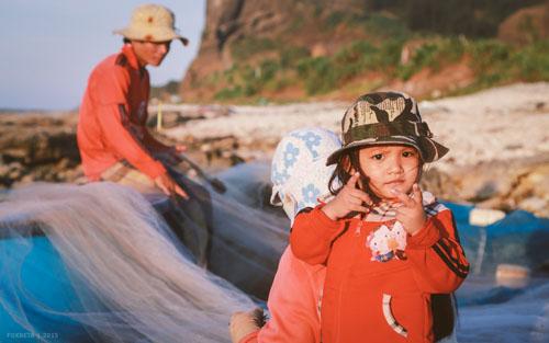 Buổi chiều của gia đình ngư phủ trên đảo Lý Sơn - hình 6