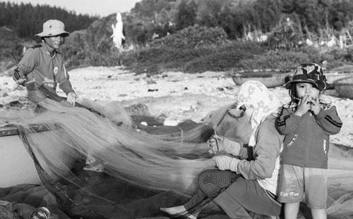 Buổi chiều của gia đình ngư phủ trên đảo Lý Sơn - hình 7