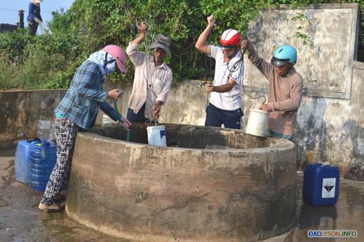 """Giếng Xó La là nơi giải """"khát"""" cho hơn 2 vạn dân trên đảo mùa nắng hạn."""