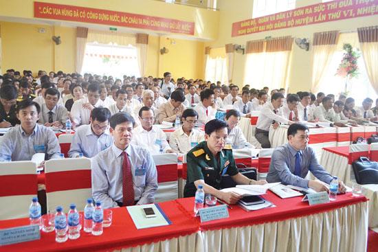 Các đại biểu tham dự phiên họp trù bị.
