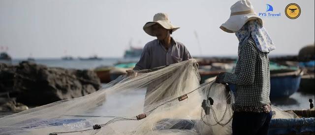 Ngư dân trên đảo.