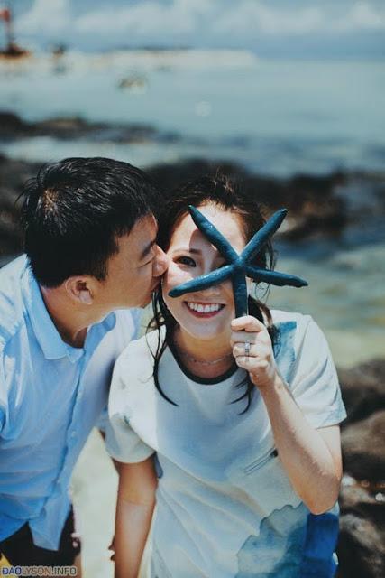 Những con sao biển được làm đạo cụ trong bộ ảnh cưới