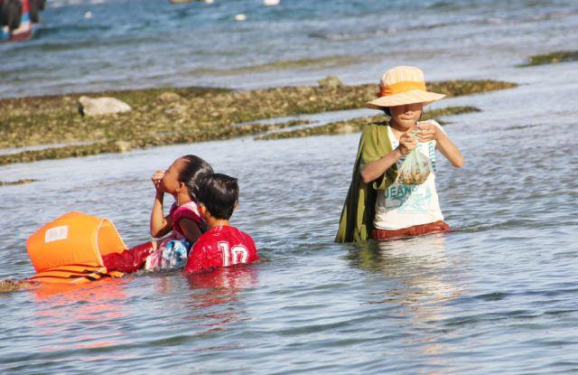 Đảo Lý Sơn - Thợ lặn nhí trổ tài trên biển - Hình 9