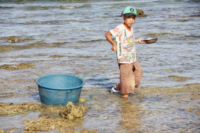 Đảo Lý Sơn - Thợ lặn nhí trổ tài trên biển - Hình 10