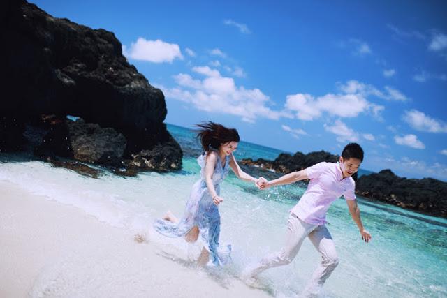 Bộ ảnh lãng mạn của cặp đôi Hà Thành tại Lý Sơn khiến dân mạng thổn thức