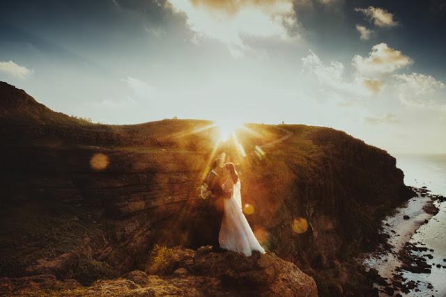 Trọn bộ ảnh cưới đẹp lung linh của cặp đôi Hà Thành trên đảo Lý Sơn - Hình 11