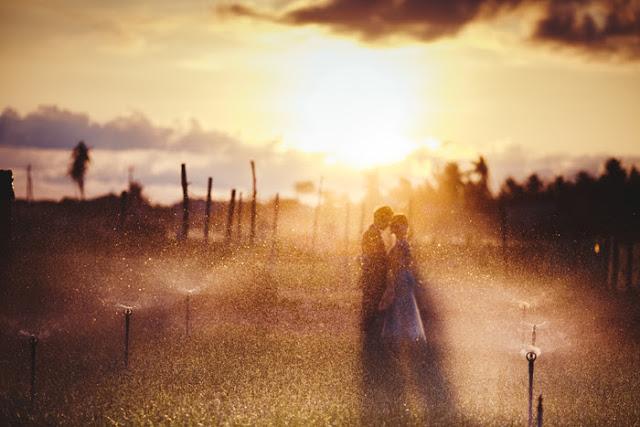 Trọn bộ ảnh cưới đẹp lung linh của cặp đôi Hà Thành trên đảo Lý Sơn - Hình 14