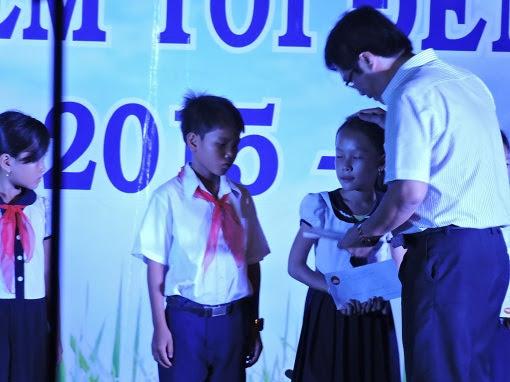 Chương trình cùng em tôi đến trường ở Lý Sơn - Hình 5
