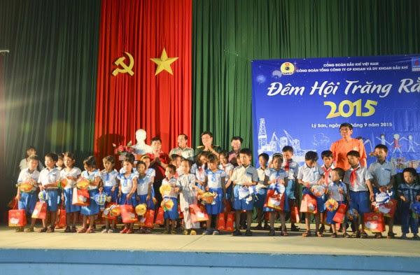 PV Drilling mang Trung thu 2015 đến trẻ em đảo Lý Sơn