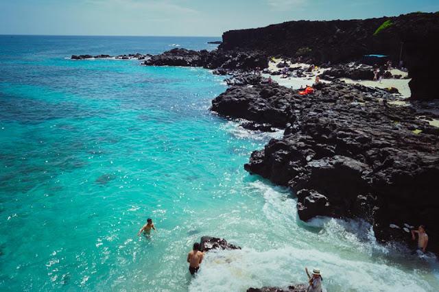 Bãi tắm tại Đảo Bé