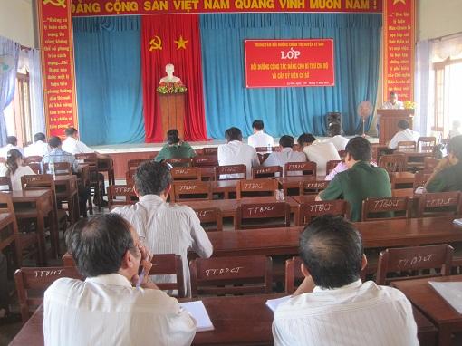 Lý Sơn : Bồi dưỡng nghiệp vụ Bí thư chi bộ và cấp ủy cơ sở - Hình 1