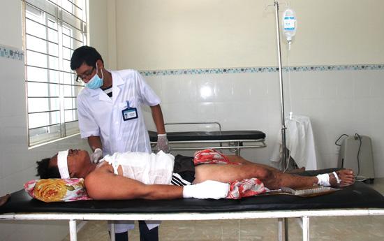 Cấp cứu ngư dân Lý Sơn bị nạn tại Trường Sa