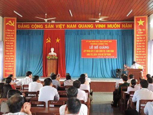 Bế giảng lớp Trung cấp Chính trị - Hành chính tại Lý Sơn - Hình 3