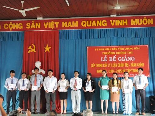 Bế giảng lớp Trung cấp Chính trị - Hành chính tại Lý Sơn - Hình 4
