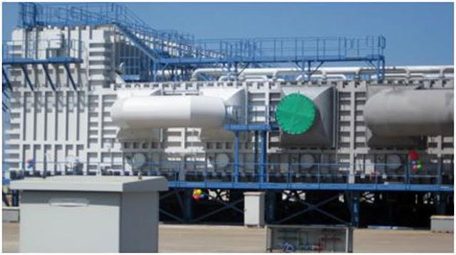Một thiết bị khử nước mặn thành nước ngọt.