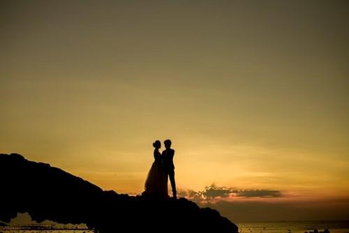 Bộ ảnh cưới của đôi bạn trẻ được thực hiện ở đảo Lý Sơn.