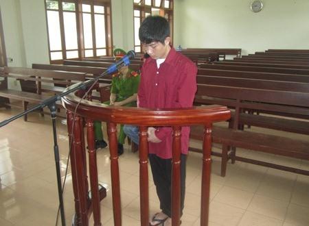 Bị cáo Nguyễn Văn Thương nhận mức án 30 tháng tù giam