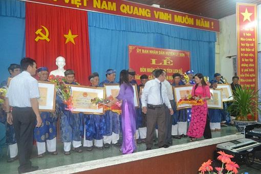 Lý Sơn tổ chức lễ đón nhận bằng xếp hạng di tích lịch sử, văn hóa cấp tỉnh - Hình 3