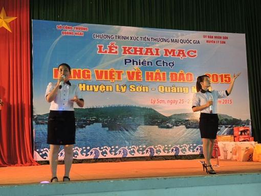 Lý Sơn: Khai mạc phiên chợ hàng Việt về hải đảo năm 2015 - Hình 1