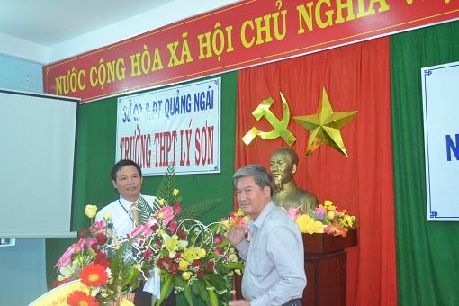 Trường THPT Lý Sơn tổ chức tọa đàm nhân ngày Nhà giáo Việt Nam 20/11 - Hình 5