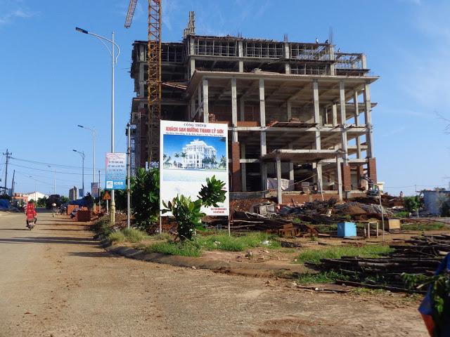 Khách sạn Mường Thanh đang xây dựng