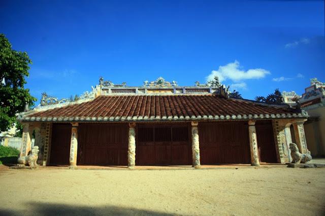 Ngôi đình cổ nổi tiếng nhất đảo Lý Sơn - Hình 2