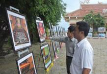 """Một góc triển lãm ảnh chủ đề """"Biển đảo quê hương"""" tổ chức ở đảo Lý Sơn"""