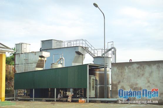 Hệ thống xử lý lọc nước của công trình cấp nước sinh hoạt huyện Lý Sơn.