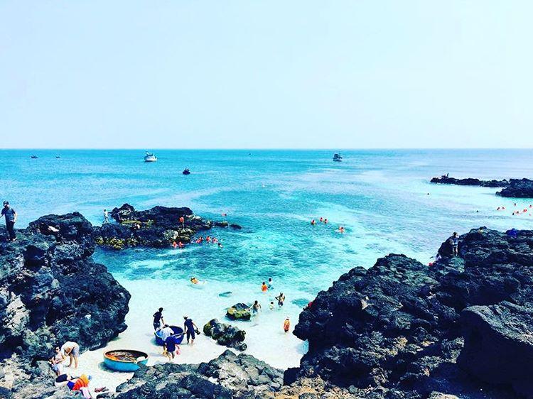 Bãi tắm Đảo Bé