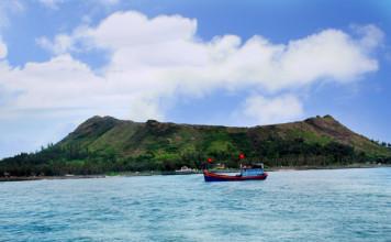 Toàn cảnh đảo Lý Sơn.