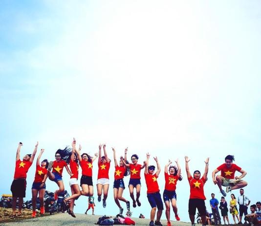 Du khách yên tâm khi đến đảo Lý Sơn với tổng đài hỗ trợ khách du lịch.