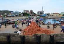 Quảng Ngãi: Kiên quyết xử lý các công trình xây dựng trái phép trên đảo Lý Sơn