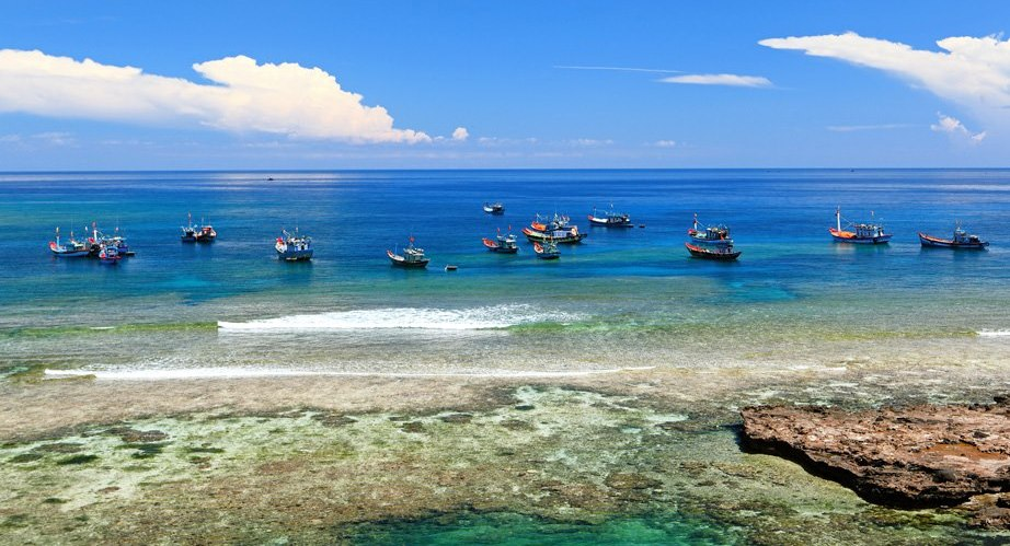 Vẻ đẹp hoang sơ của đảo Bé luôn thu hút du khách, do vậy, cần phải bảo tồn nguyên trạng