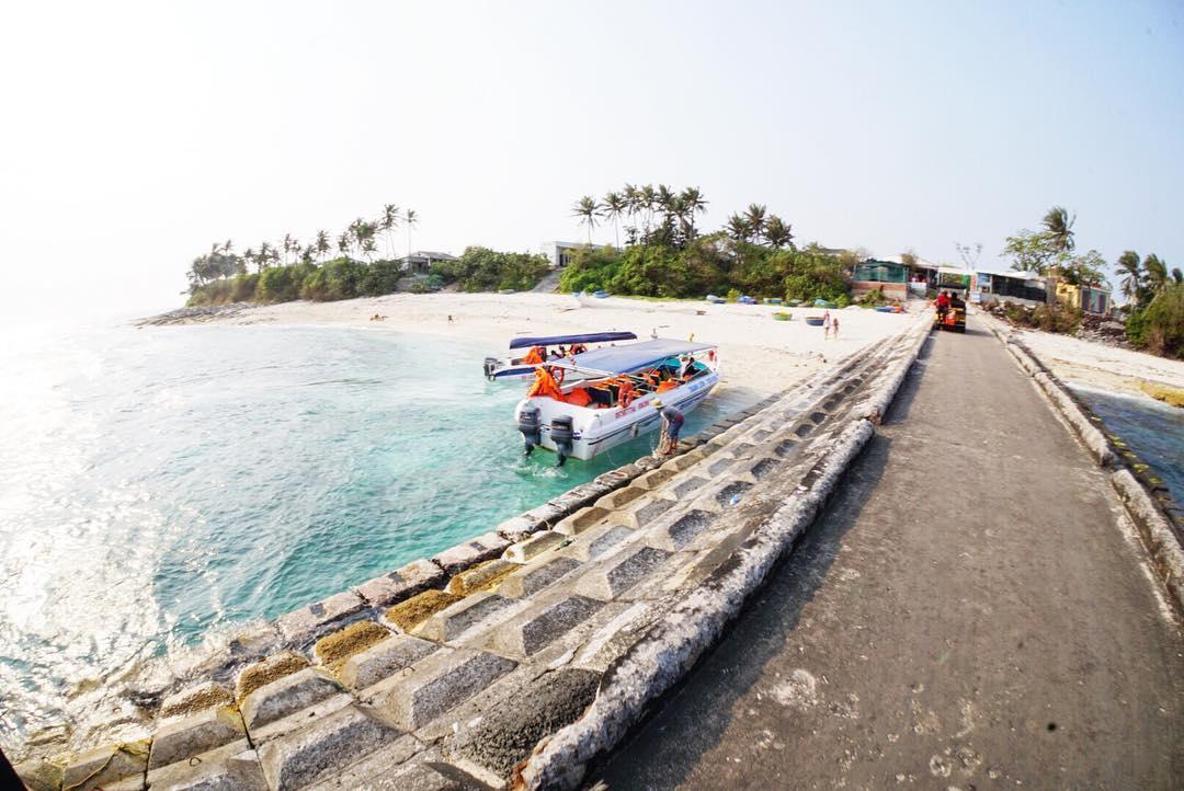 Tàu cao tốc tuyến Đảo Bé - Đảo Lớn