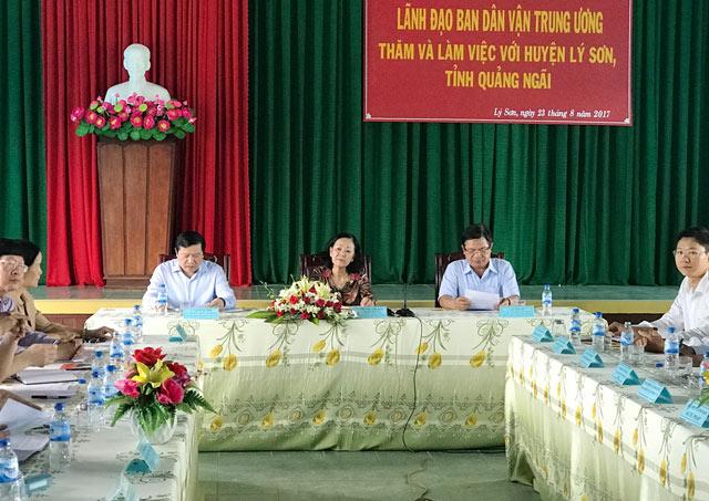 Ủy viên Bộ chính trị, Trưởng Ban Dân vận Trung ương Trương Thị Mai chủ trì buổi làm việc