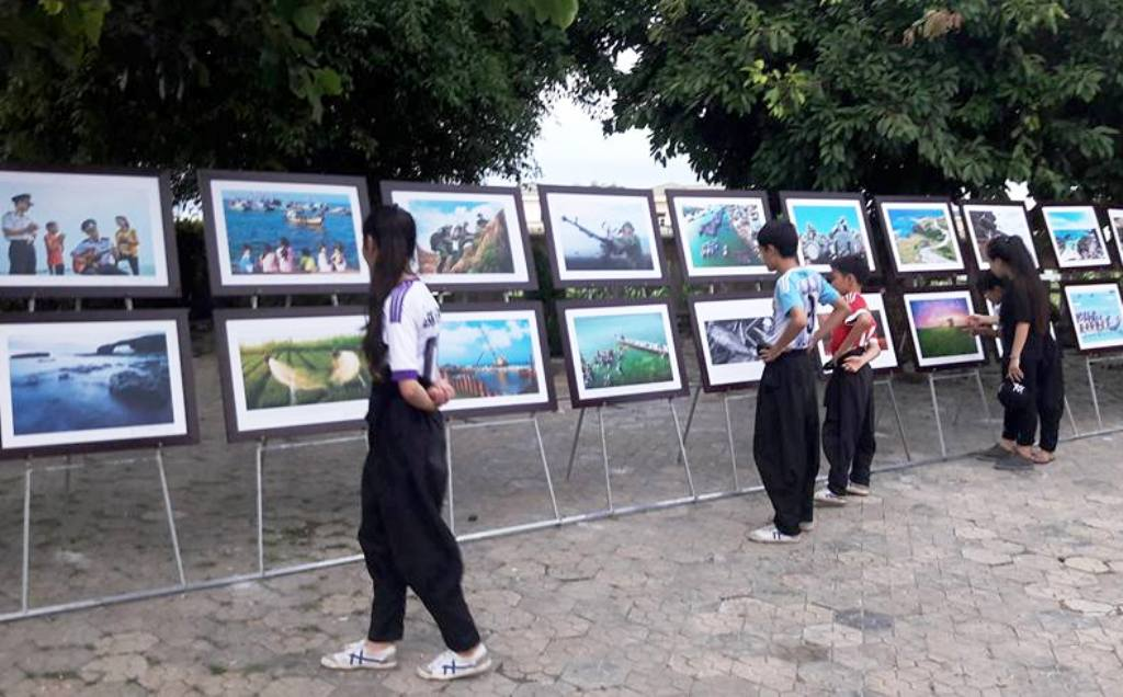 Triển lãm giới thiệu đến công chúng 100 tác phẩm về đất và con người Quảng Ngãi
