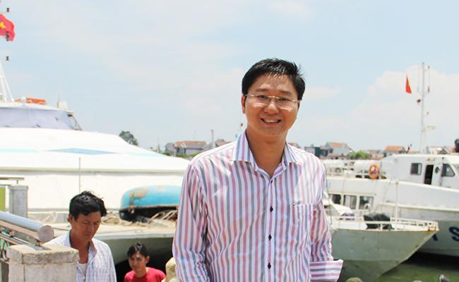 Ông Nguyễn Viết Vy, Bí thư trẻ trên đảo già Lý Sơn