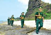 don-bien-phong-huyen-ly-sonCán bộ, chiến sĩ Đồn Biên phòng Lý Sơn thực hiện công tác tuầ