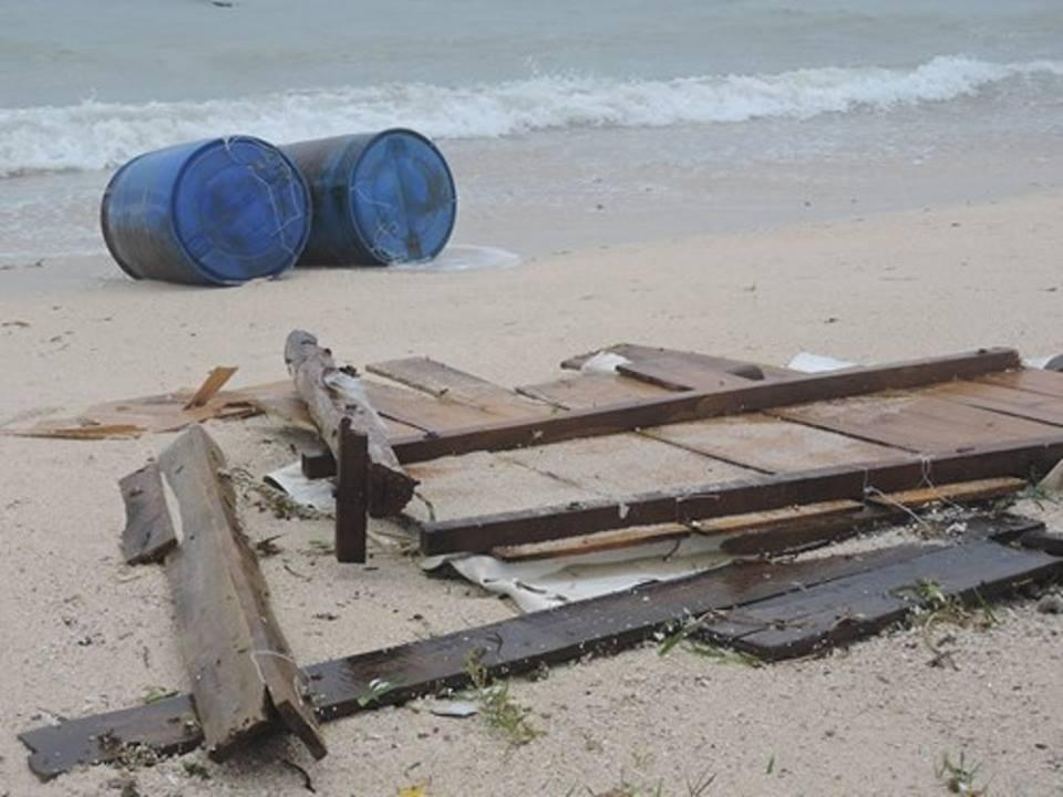 Thiệt hại do bão số 12 tại Lý Sơn