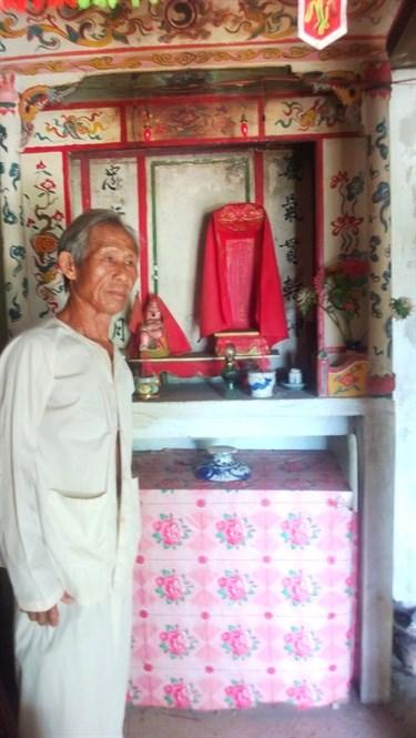 Ông Phạm Quang Tĩnh, hậu duệ đời thứ 5 trông coi nhà thờ Phạm Quang Ảnh