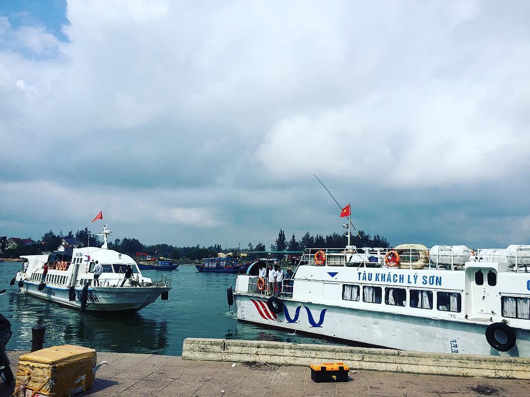 Tuyến cao tốc Sa Kỳ - Đảo Lý Sơn chưa đáp ứng với lượng khách tăng đột biến