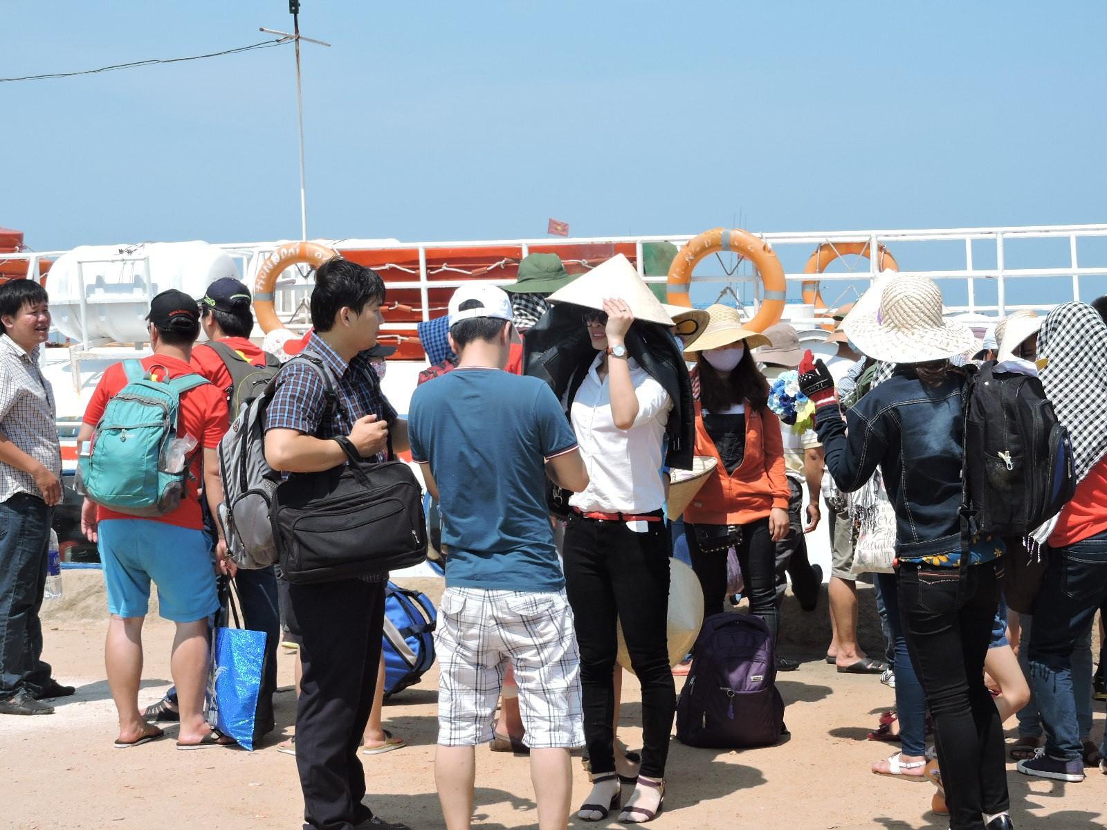 Dự kiến có 7.000 du khách đến với Lý Sơn trong kỳ nghỉ lễ sắp tới