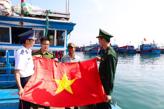 Huyện đảo Lý Sơn trở thành điểm sáng về bảo vệ ANTT của tỉnh Quảng Ngãi nơi đầu sóng ngọn gió.