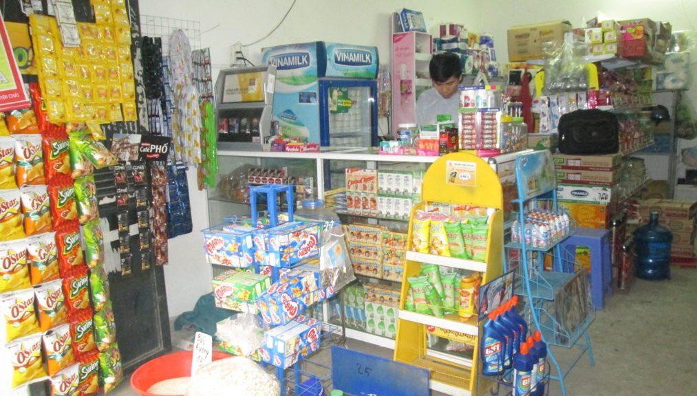 Một siêu thị mini tại nông thôn ( Hình mẫu)
