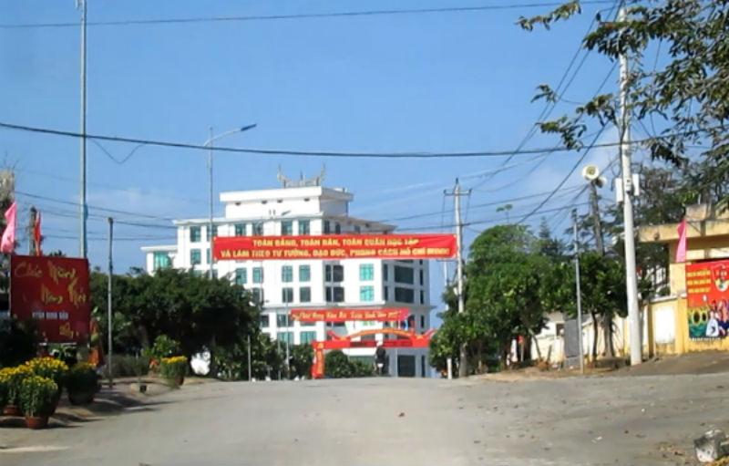 Một góc trung tâm huyện Lý Sơn.