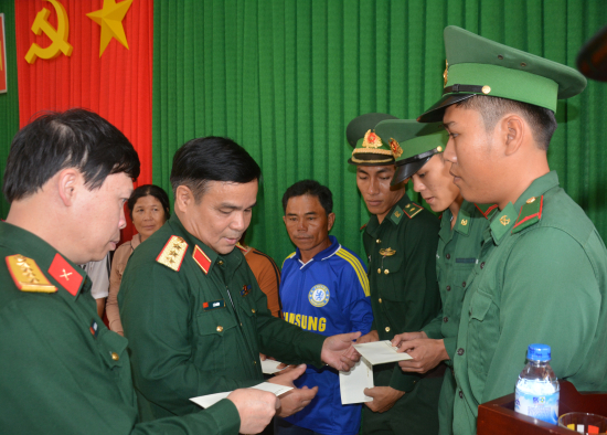thu truong bo quoc phong tham ly son 2