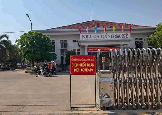 Tam dung van chuyen khach Ly Son