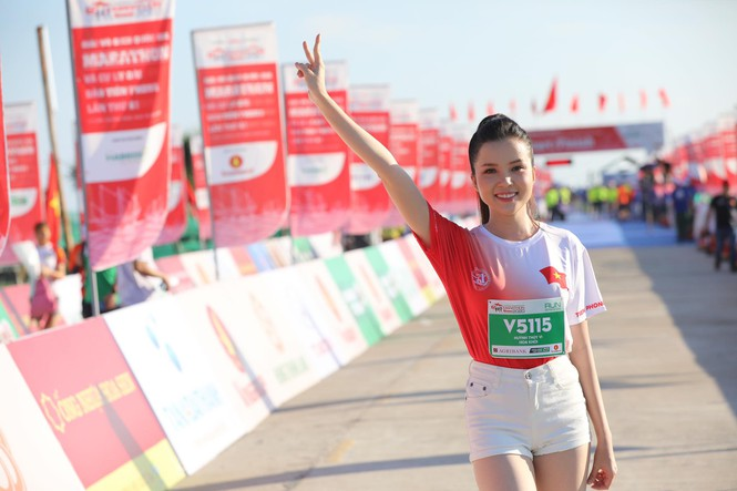 hoa hau tieu vy marathon 2020 10